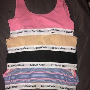 Set of 4 Calvin Klein sports bras